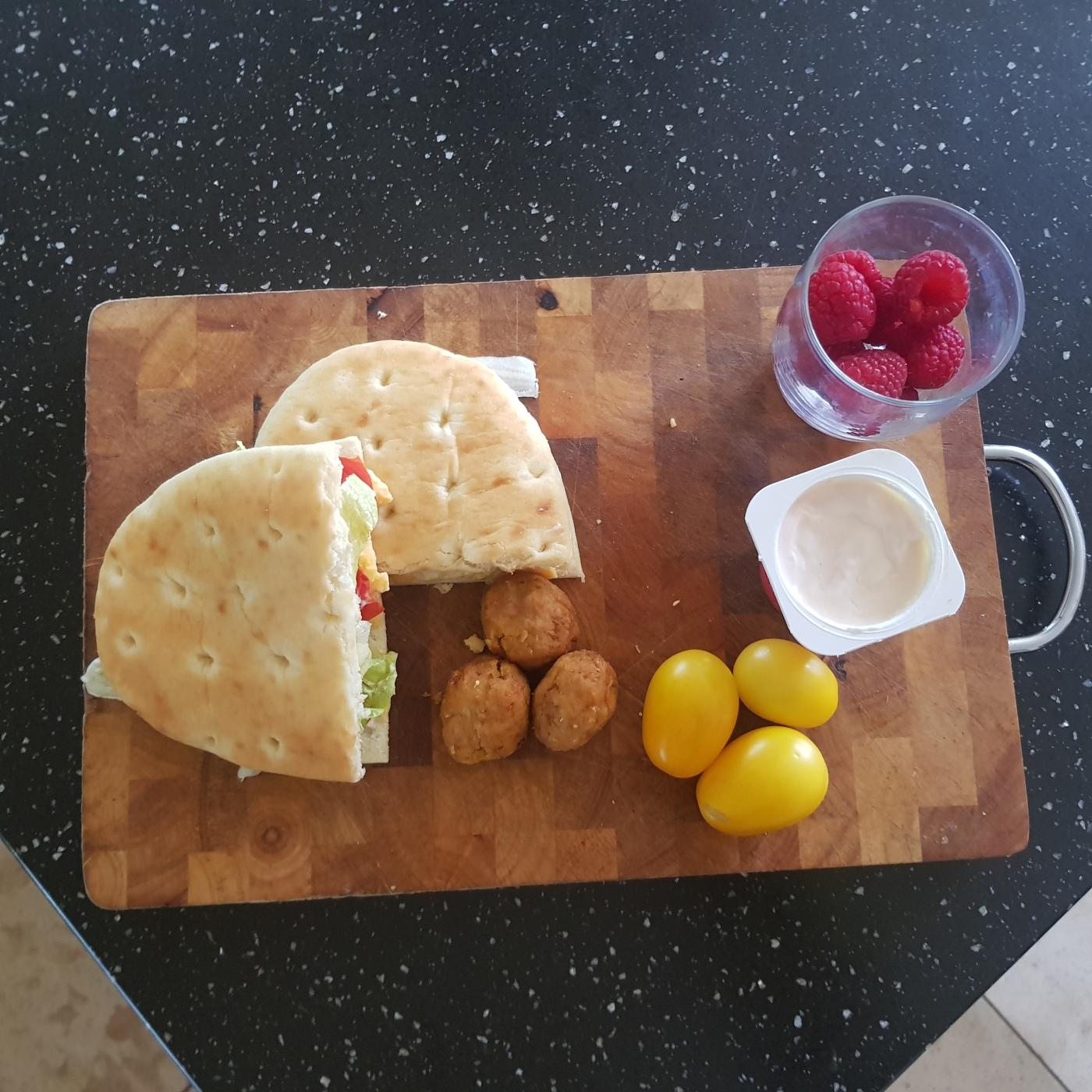 deli kitchen flatbread