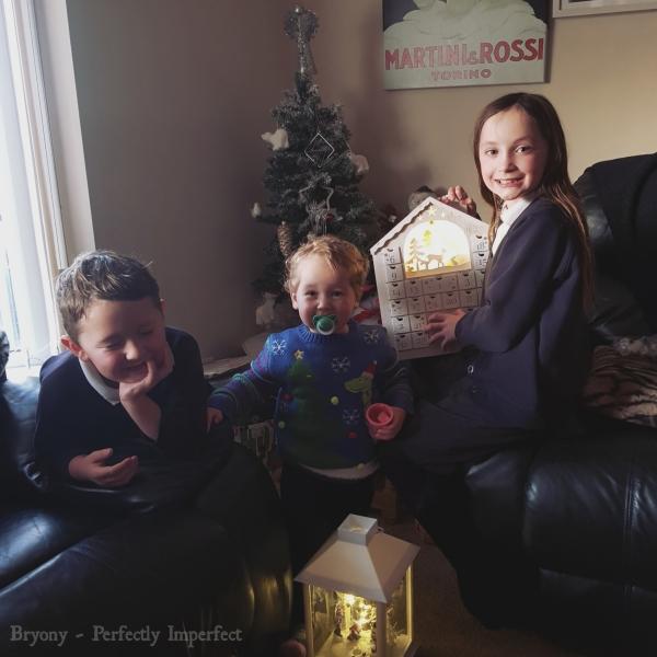 kids christmas photo